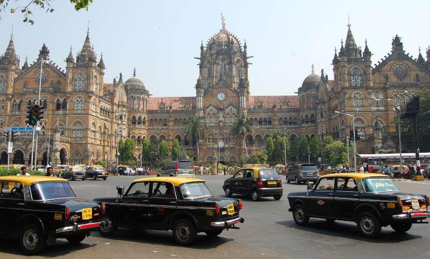 CST-Station-Mumbai-Andy 30 increíbles atractivos turísticos de la India