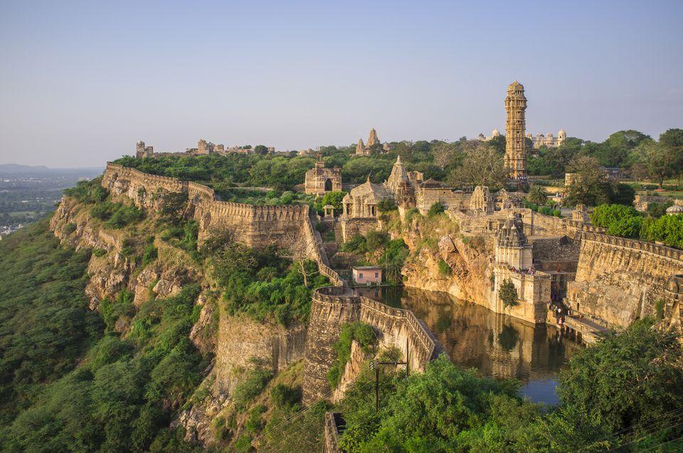 Chittorgarh-fort-2 30 increíbles atractivos turísticos de la India