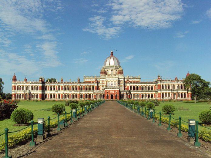 Cooch-Behar-Palace-in-Cooch-Behar Los Mejores Palacios reales para visitar en India