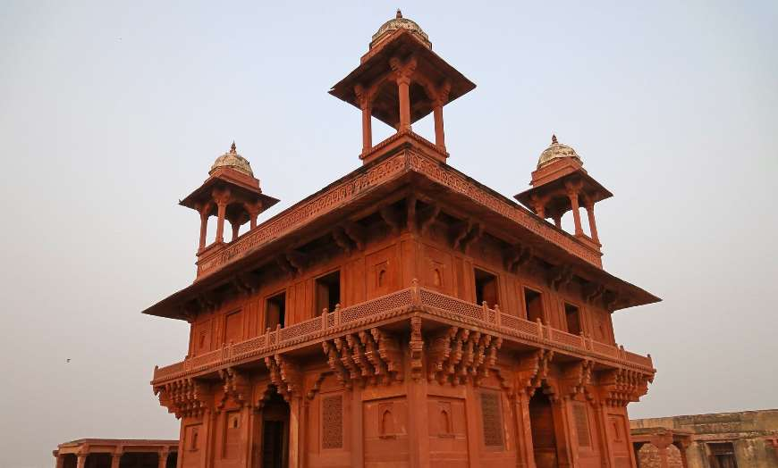 Fatehpur-Sikri-10226319204_54ee119de3_k 30 increíbles atractivos turísticos de la India