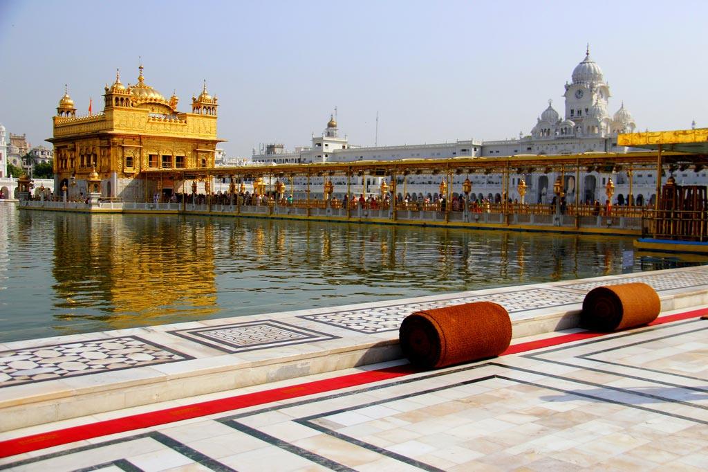 Golden-Temple-amritsar 30 increíbles atractivos turísticos de la India