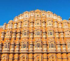Hawa_Mahal_Palace_Jaipur_Rajasthan_India-230x200 Holi 2019 : ¿Qué es la fiesta de Holi en India?  ¿Por qué se celebra?