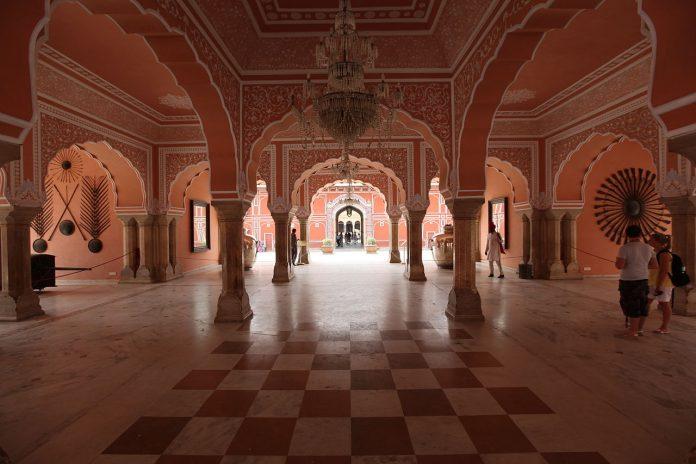 Jaipur-city-palace Los Mejores Palacios reales para visitar en India