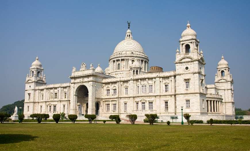 Landmark_building_Calcutta_Kolkata_Victoria_Memorial 30 increíbles atractivos turísticos de la India