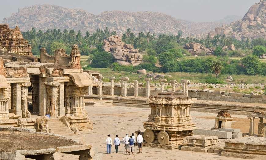 Vittalla_temple_Hampi_Karnataka_India 30 increíbles atractivos turísticos de la India