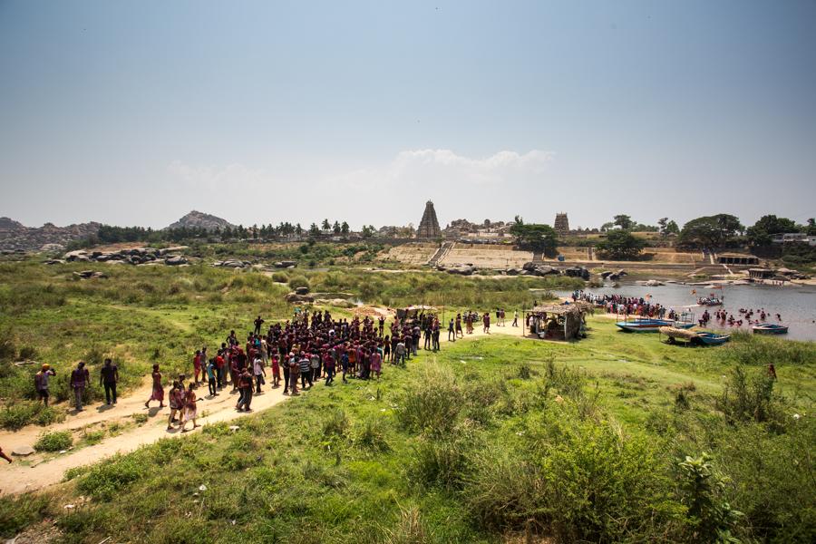 holi-in-hampi Holi 2019 : ¿Qué es la fiesta de Holi en India?  ¿Por qué se celebra?