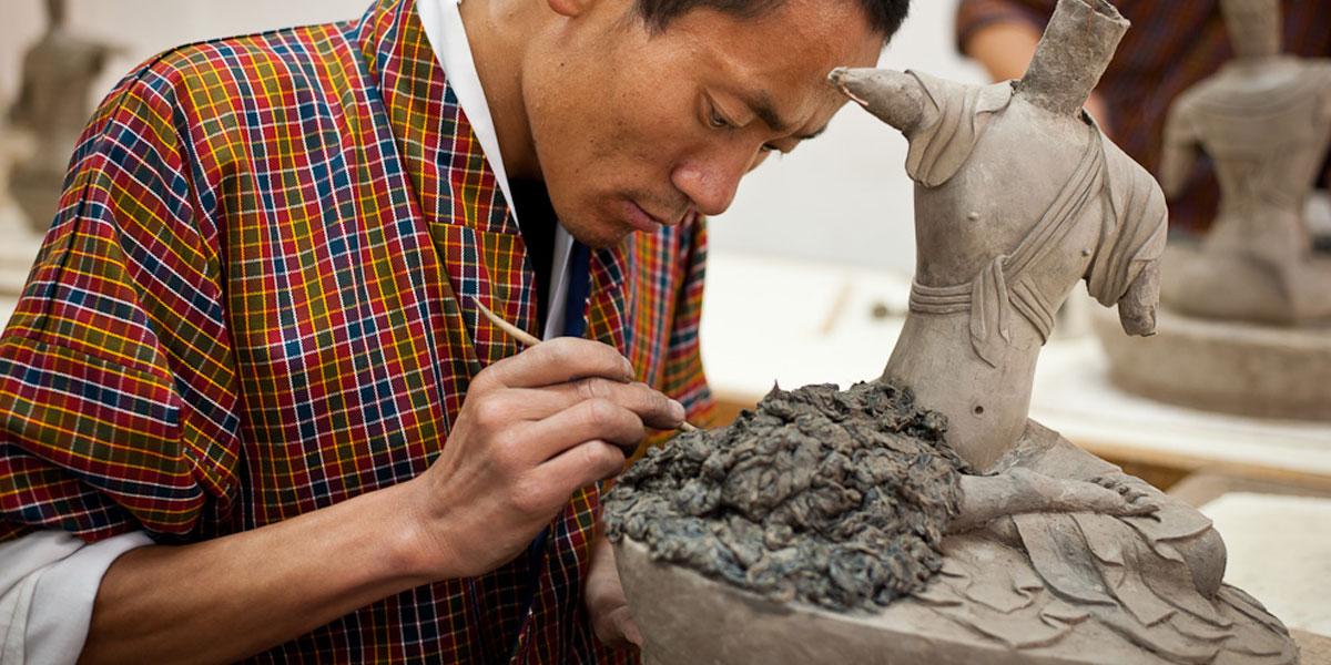 Arts-Crafts-of-bhutan 10 cosas únicas que hacer en Bután