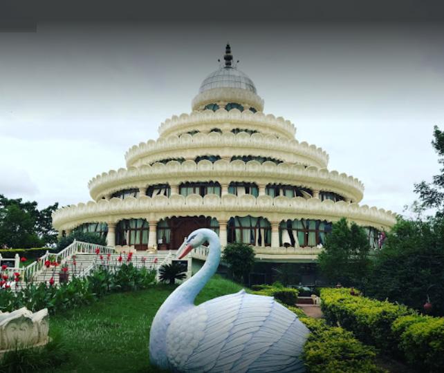Ashram-el-arte-de-vivir El lado Espiritual de India: Los 7 Ashrams más Populares