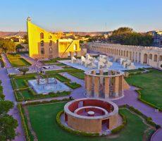 Jantar-Mantar-230x200 10 Lugares Más famosos para Visitar en Rajastán