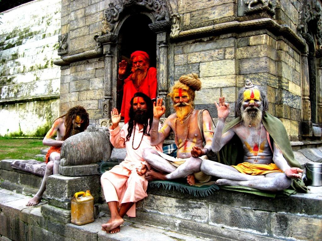 Pashupatinath-Temple-Sadhu 10 cosas únicas que hacer en Nepal