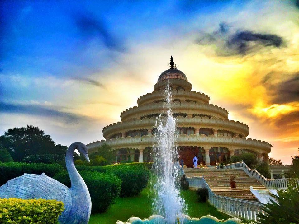 art-of-living-ashram El lado Espiritual de India: Los 7 Ashrams más Populares