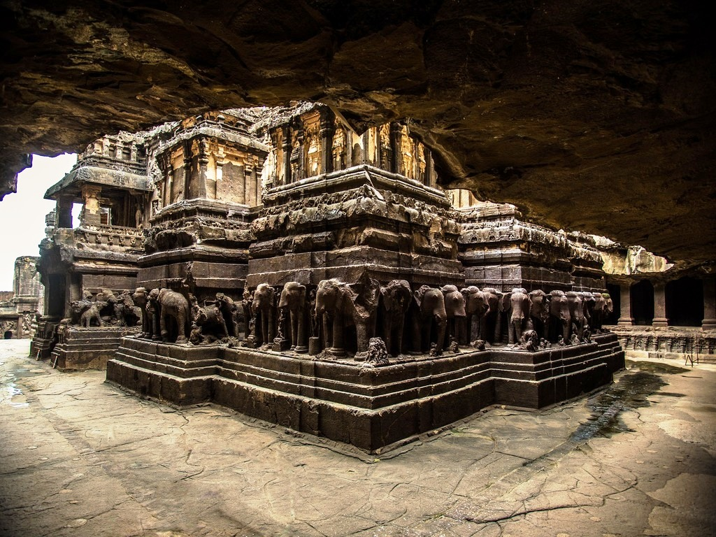 ellora-caves Los 10 lugares de Patrimonio de la Humanidad en la India