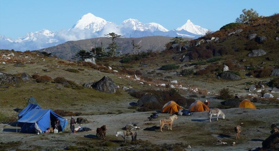 jomolhari-laya-gasa-trek 10 cosas únicas que hacer en Bután