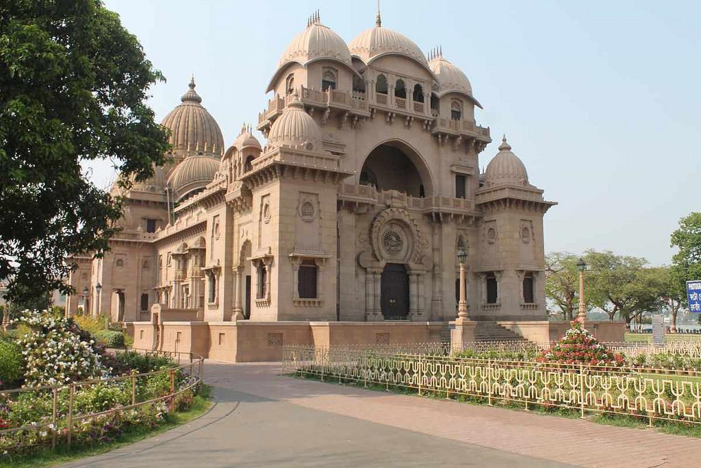ramakrishna El lado Espiritual de India: Los 7 Ashrams más Populares