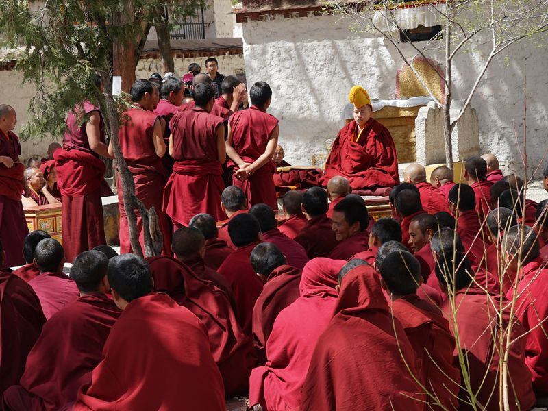 debate-of-the-monks 10 cosas únicas que hacer en el Tíbet