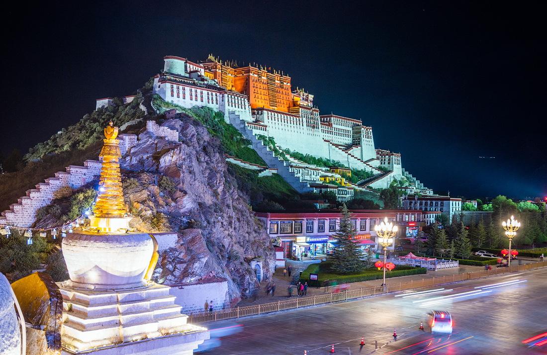 potala-palace-1 10 cosas únicas que hacer en el Tíbet