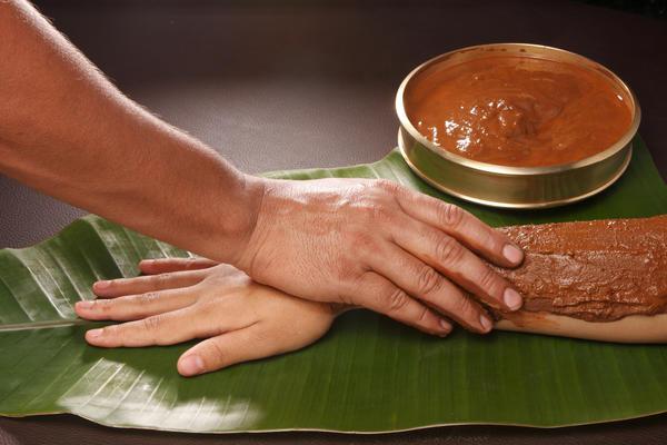 th_Mud-therapy ¿Qué es el Ayurveda?