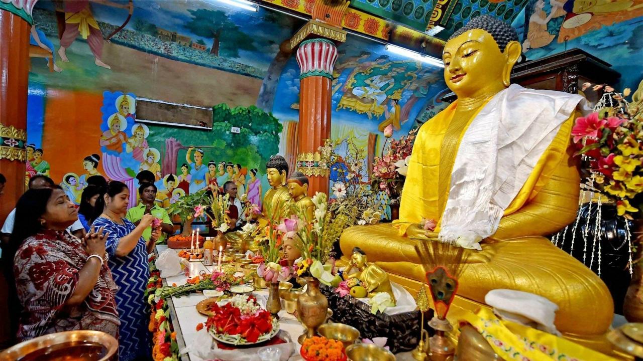 Buddha-Purnima-Celebration Lista de famosos festivales Budistas en la India