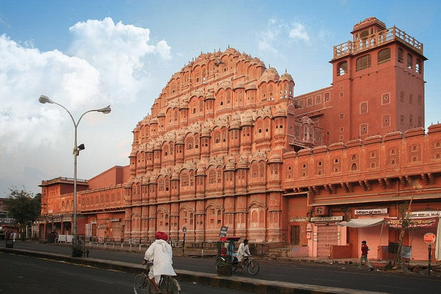 Hawa-Mahal-Jaipur 10 Lugares Más famosos para Visitar en Rajastán