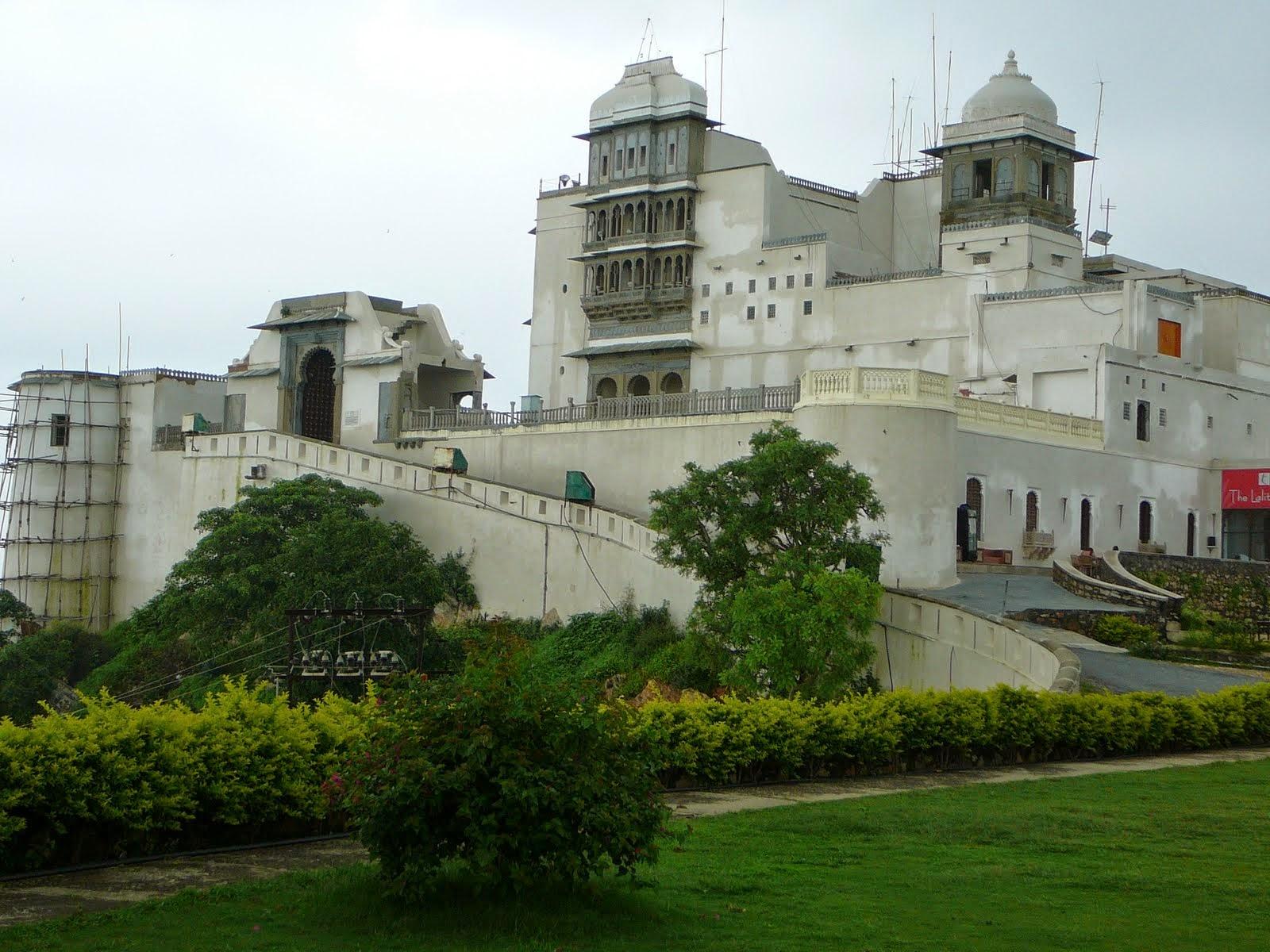 Monsoon-Palace 10 Lugares Más famosos para Visitar en Rajastán