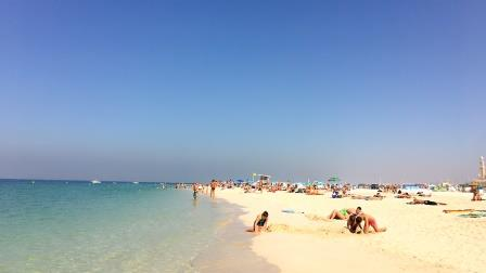 Picnic-en-la-playa La mejor manera de celebrar el año nuevo Dubai 2020