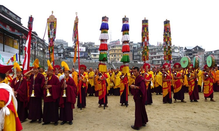 Uposatha Lista de famosos festivales Budistas en la India