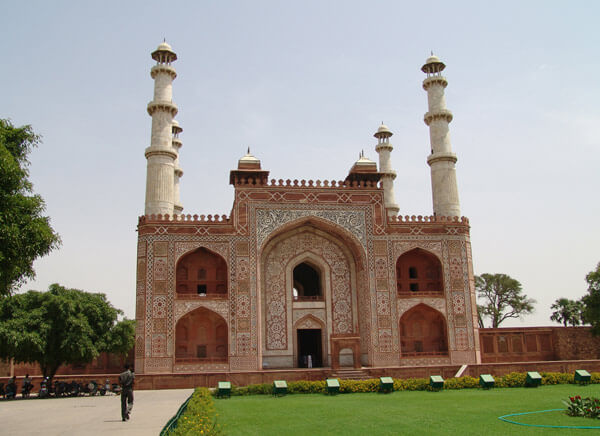 viaje a Akbars Tomb, Agra