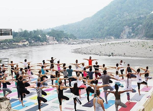 Viajar a Haridwar para Yoga