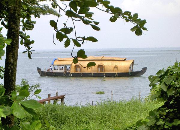 viajar a kerala en el sur de la India paquetes turísticos